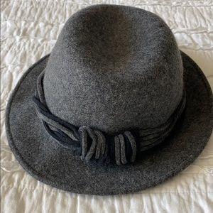 Vintage Italian wool hat